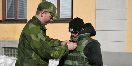 Arbetsformedlingen ska rekrytera soldater