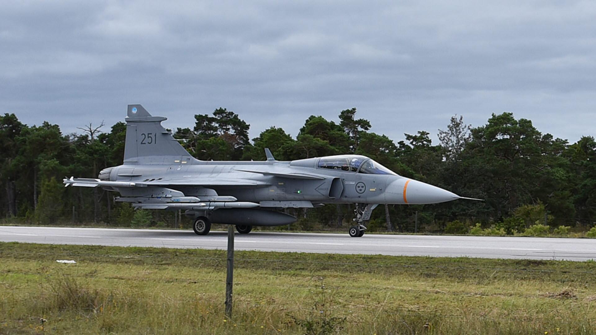 Amerikanskt flyg mot radarstation