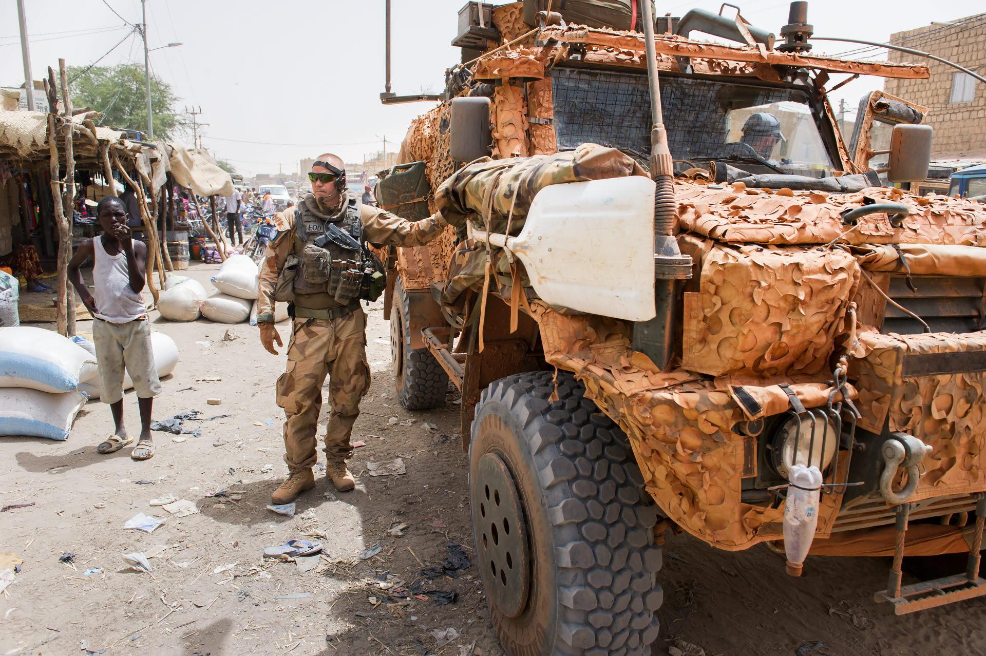 www.forsvarsmakten.se/imagevault/publishedmedia/9104avbmsas7t2xf19zt/20160501_annnor11_Mali03_Timbuktu_059.jpg