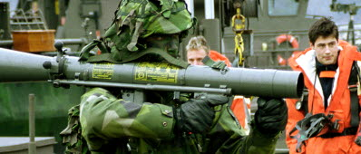 Svenska befal blir utan vapen