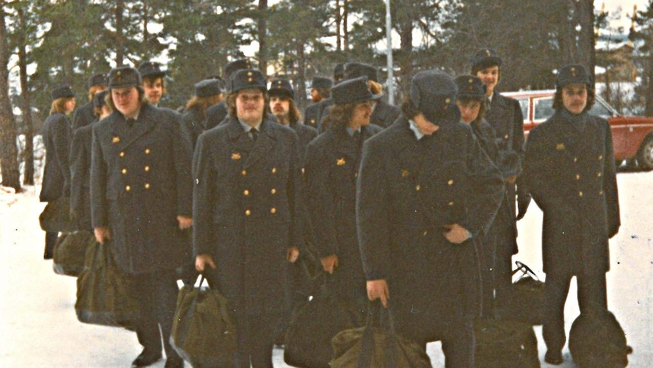 Officerare vid f10 soker jobb