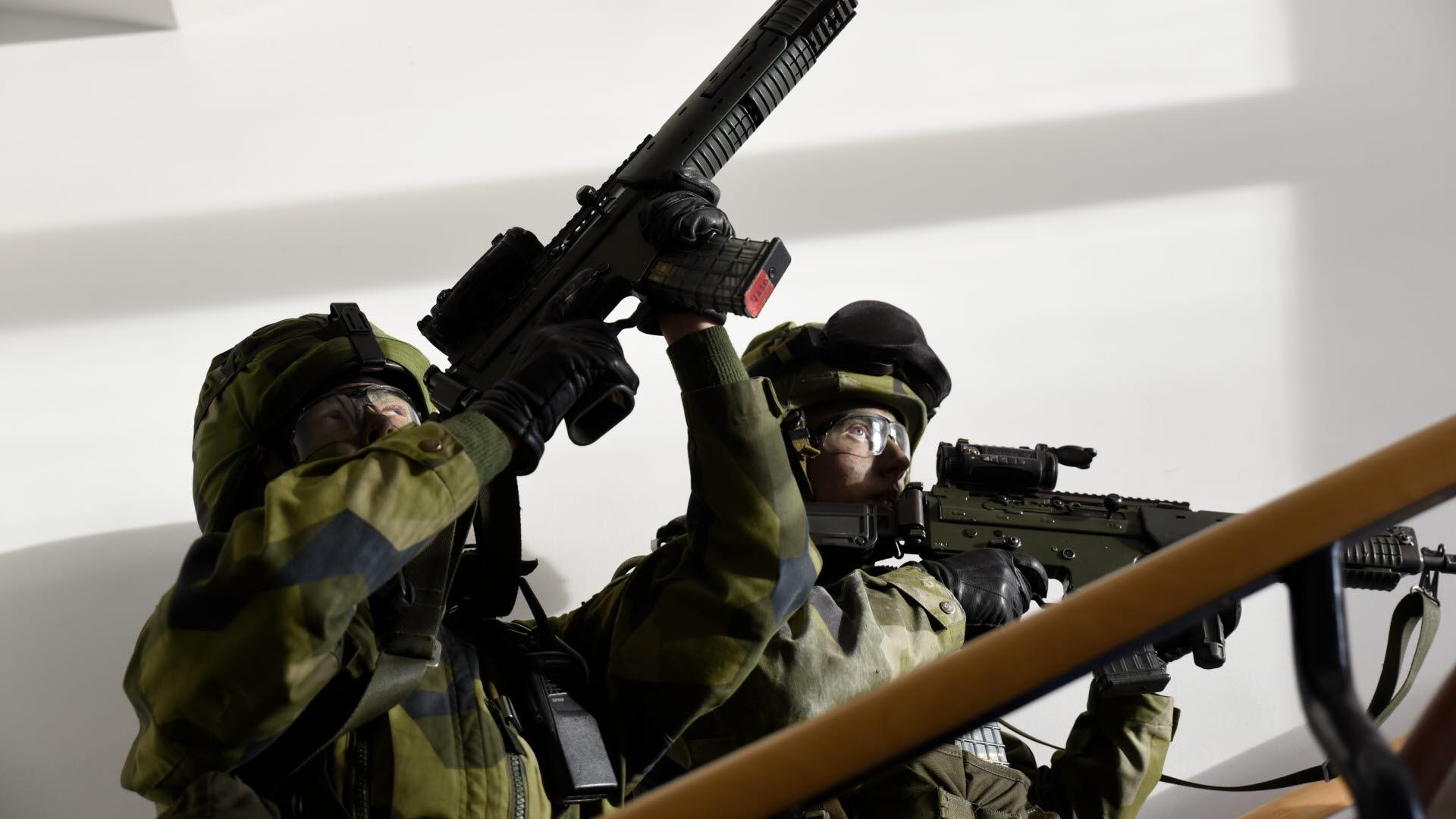 Soldater ovade i stockholm